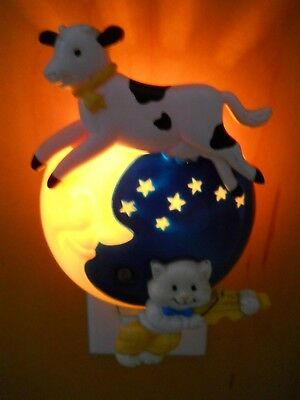 Vintage 1992 AVON The Cow Jumped Over the Moon Night Light /Mother Goose/Nursery