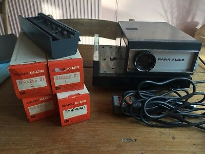 Rank Aldis 2000 Auto Delux 35mm slide projector And Five Carousels