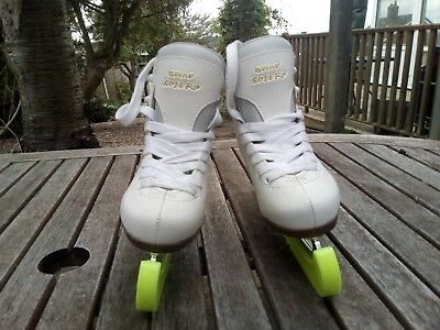 girls graf solero ice skates size 28 or 11 with guards