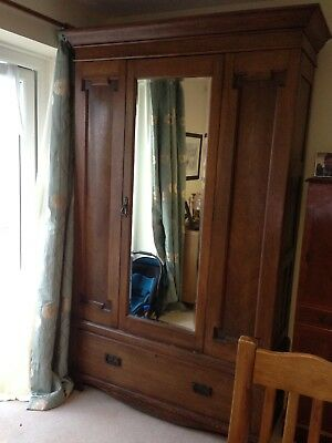 Attractive Antique Victorian Oak Wardrobe
