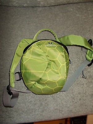 Little life Turtle shell back pack rein for toddlers, very good condition