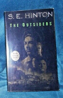 The Outsiders by S. E. Hinton (1988, Paperback) VERY GOOD