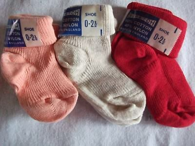 6 Pairs Of Baby Girl Socks (Shoe Size 0 - 2 1/2). Various Colours And Styles.