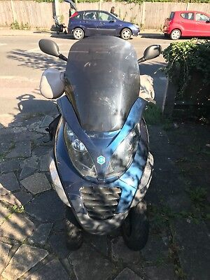 Piaggio MP3 400CC - Can drive away - CAN DRIVE ON CAR LICENSE IF OVER 21