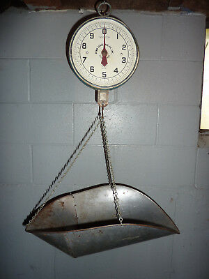 Penn Scale Co Hanging Country Store Scale w/ Scoop 20 Pound Capacity