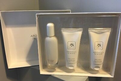 CLINIQUE AROMATICS IN WHITE ESSENTIALS 50ml PERFUME GIFT SET