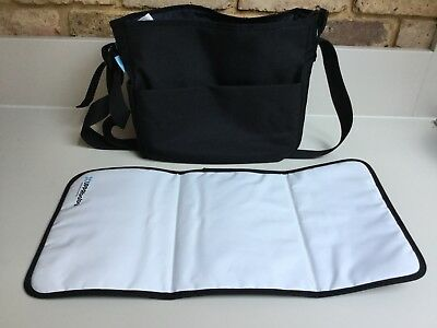 Uppababy Changing/nappy Bag & Changing Mat - Jake Black Hardly Used, In VGC
