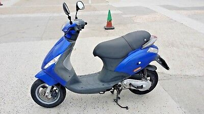 Piaggio zip 50 2T Scooter / Moped