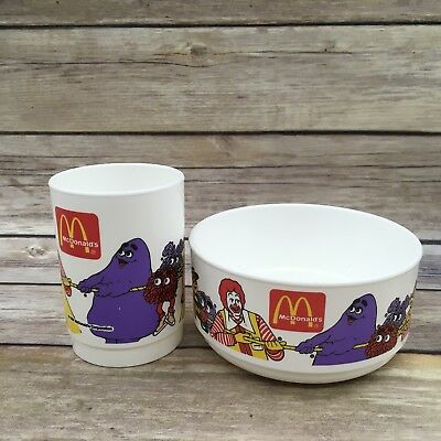 1997 McDONALDS PLASTIC CEREAL BOWL AND CUP SET HAMBURGLAR RONALD WHIRLEY IND.