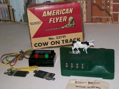 American Flyer S Gauge No.23791 Operating Cow On Track With Box