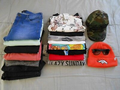 Lot of 18 Juniors Teen Girls Tops / Bottoms / Accessories Size 8/9 - Med/Large