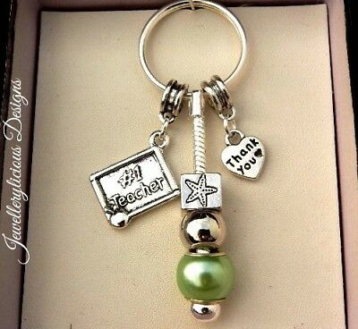 Beautiful NUMBER 1 STAR TEACHER THANK YOU Heart Green Bead Keyring Key Ring