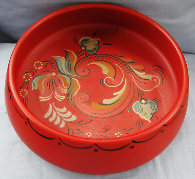 """Lovely Norway Hand Painted Rosemaled Rosemaling Red Wood Bowl 7 1/2"""" Wide"""