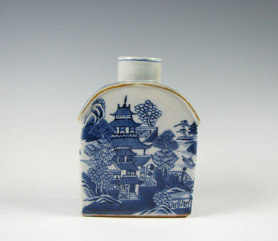 Antique Blue and White Chinese Export Porcelain Tea Caddy
