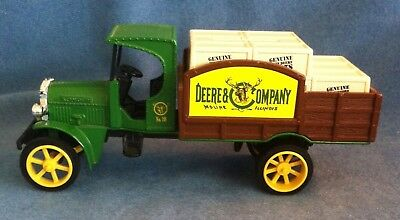 John Deere 1925 Kenworth  Diecast Metal Truck Bank With Crates Ertl 1:30