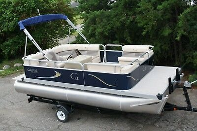New 18 Ft pontoon boat
