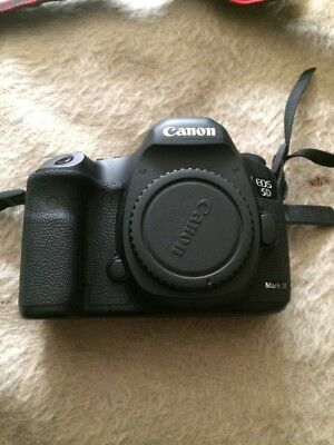 Canon EOS 5D Mark III 22.3MP Digital SLR Camera -  10k shutter!! (Body Only)