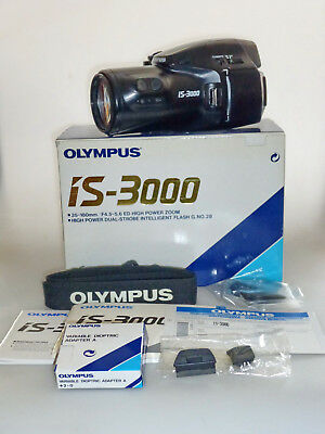 Olympus Is 3000 35Mm Film Bridge Camera Mit 35Mm-180Mm~F4.5-5.6