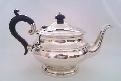 Beautiful Solid Silver Art Deco Tea Pot D.U & Co 1932   379 Grams