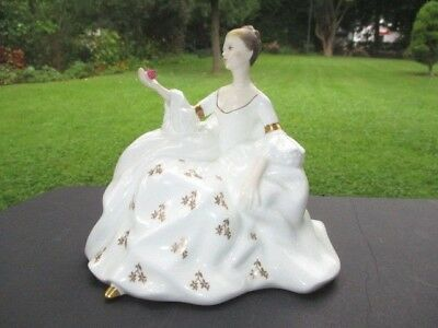 MY LOVE is like a rose  ROYAL DOULTON FIGURINE GOLD TREFOIL FLOWERS WHITE GOWN