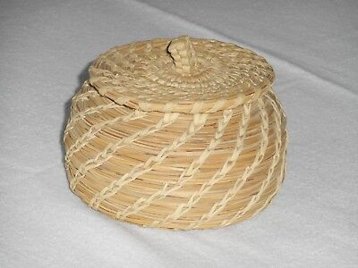 wonderfully detailed Bear grass basket coiled with yucca tight fitting lid