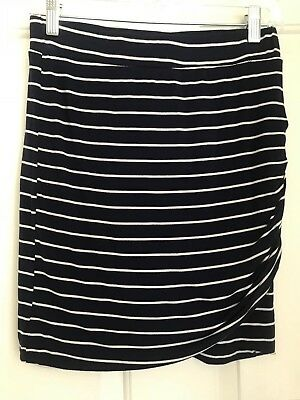Cato Girls Size Large 14/16 Rayon Skirt Blue and White Striped Short Stretch.