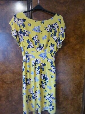 Ladies yellow dress size 24