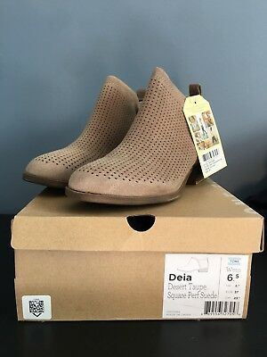 12fc617521b NEW  98 TOMS Deia Ankle Oxford Tan Suede Glimmer Boots Booties Suede ...