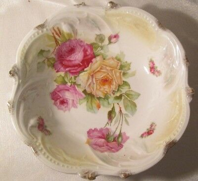 ANTIQUE Victorian BIG SERVING BOWL Made In Germany BIG BEAUTIFUL ROSES Gold Trim