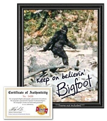 Bigfoot Sasquatch Autograph Signed Photo with Certificate Funny Novelty Gag Gift