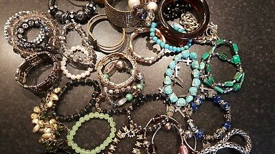 Joblot of old vintage / retro and modern bangles