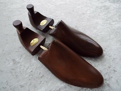 Russell and & Bromley Mens Wooden Shoe Trees UK size 11 QUALITY