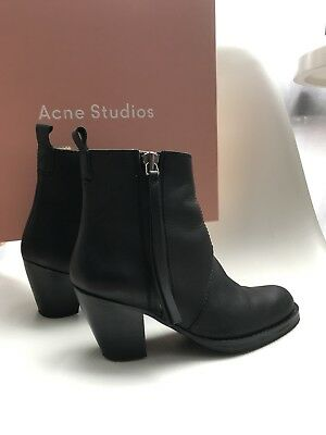 5aa22f7a7fe1 ACNE STUDIOS BLACK Shiny Leather Linden Lace Up combat Ankle Boots ...