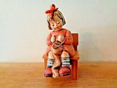 """1995 HUMMEL 1st ISSUE """"TO KEEP YOU WARM"""" #759, 5 1/2"""" TALL orig box"""