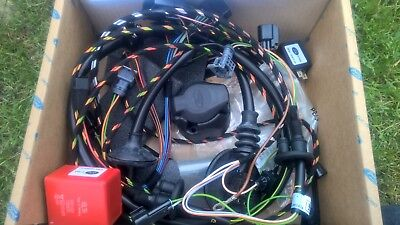 Ford Focus Cabriolet 7 Pin towbar wiring Kit New genuine ford kit 1438400