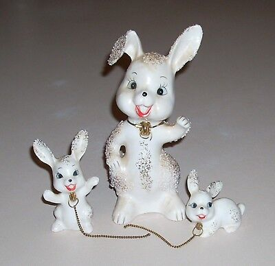 Vintage Bradley Spaghetti Sugared Bunny Mama and Babies Figurines with Chains