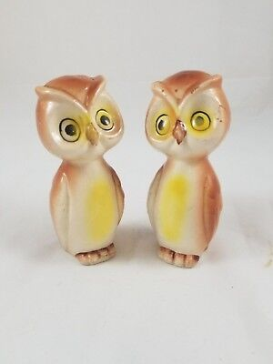 Vintage Anthropomorphic Owls Birds Salt and Pepper Shakers Japan with stopper
