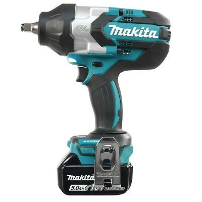 Makita DTW1002RTE 18V 1/2″ Brushless High Torque Impact Wrench Kit