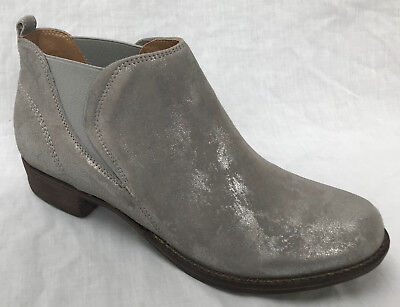 260594a5b80 BNIB CLARKS LADIES Colindale Oak Silver Leather Chelsea Ankle Boots
