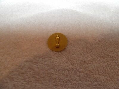 Humble Oil and Refining Co (Esso) Statue Man Lapel Pin