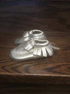 Teeny toes Shoes Genuine Leather Baby Girl Color Gold Size 2W