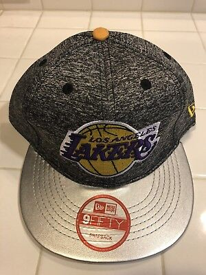 LOS ANGELES LAKERS Snapback Hat New Era One Size Nba Basketball Msrp ... 67291ab77ff1