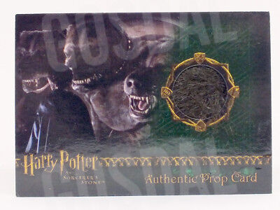 Harry Potter and the Sorcerer's Stone Fluffy's Fur Prop Card HP #538/700