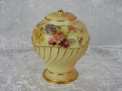 Antique Royal Worcester Blush Ivory Potpourri Jar With Cover - Date 1903