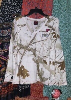 59a907b04dcac Women's Scent Blocker Snow Camo T-shirt Long Sleeve S3 RealTree NWT's V-neck