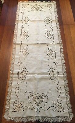 Antique FIGURAL LACE RUNNER Large FLOWERS Floral Lg Heirloom IVORY Table Linen