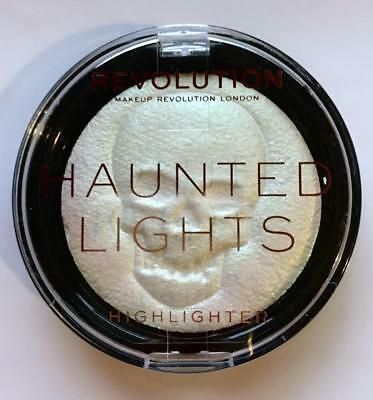 MAKEUP REVOLUTION Haunted Lights SFX GHOST White Shimmer HIGHLIGHTER Halloween