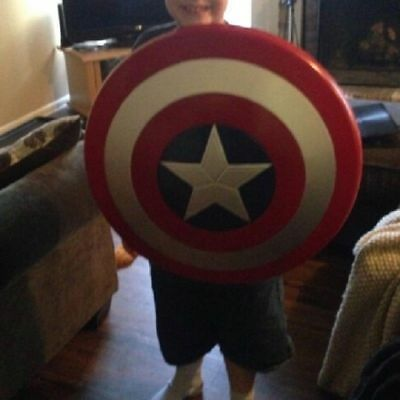 The Avengers Captain 32CM America Assemble Shield Cosplay Toy Red