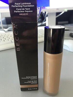 Becca Foundation Luminous Perfecting