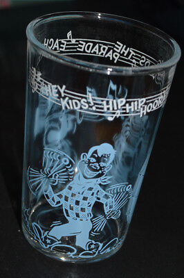 "Welch's Howdy Doody Glass (copyright 1953), ""Welch's Leads the Parade Each Day"""